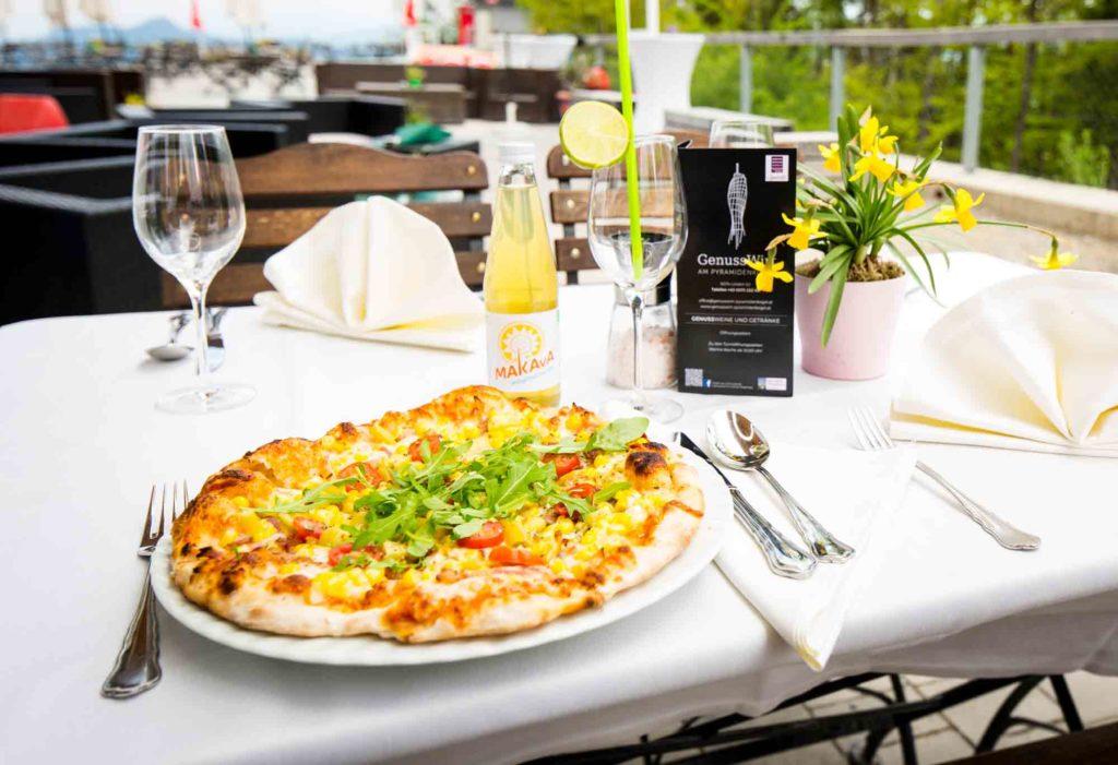 genusswirt-am-pyramidenkogel-ausflug-pizza-kleine-gerichte-kiosk-restaurant